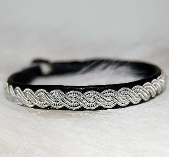Sami bracelet Torne river
