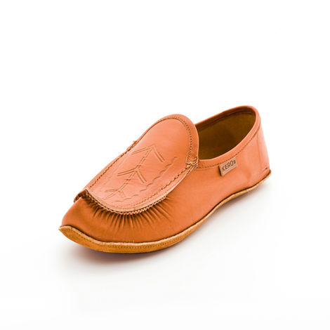 Childrens leather slippers