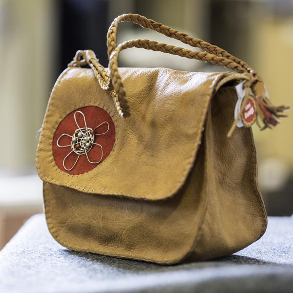 Handväska i renskinn