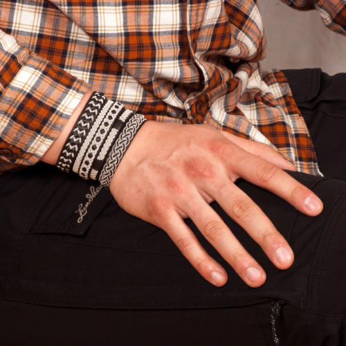 flera armband