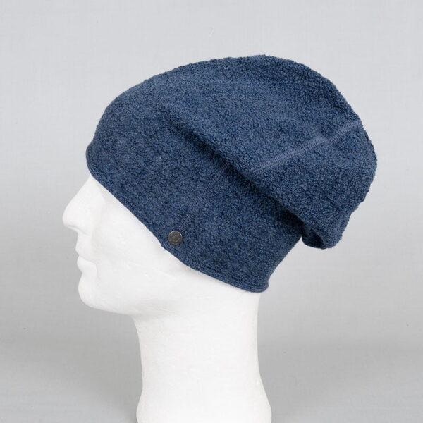 Hat in wool