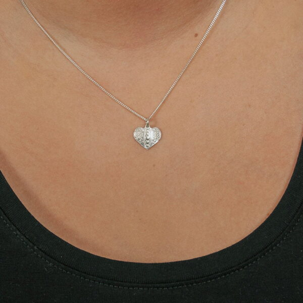 Silver necklace Norrbotten