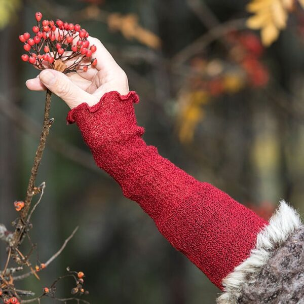 Wrist warmers in wool