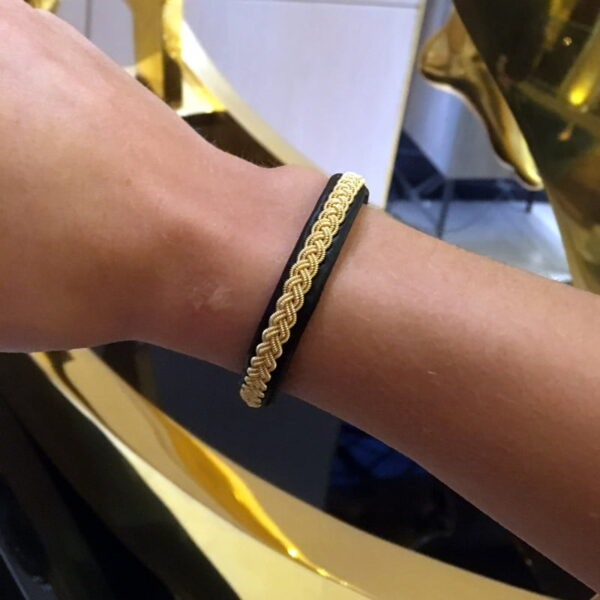 Tennis bracelet Classic gold