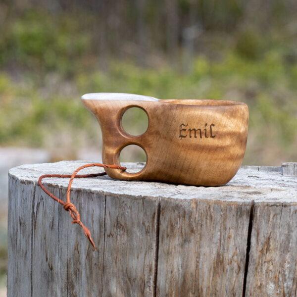 Träkåsa med horninlägg - ca 1 dl - tillval gravyr